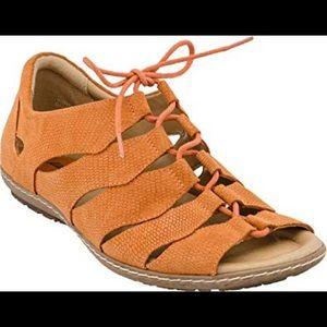 Earth Plover Sandals - orange